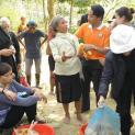 Chính quyền huyện Con Cuông ngăn không cho làm việc từ thiện
