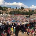 ĐTC gặp gỡ cầu nguyện với các bạn trẻ Italia