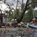 Bơ vơ không nhà những ngày Giáng Sinh: Cảnh bão biển ở Philippines